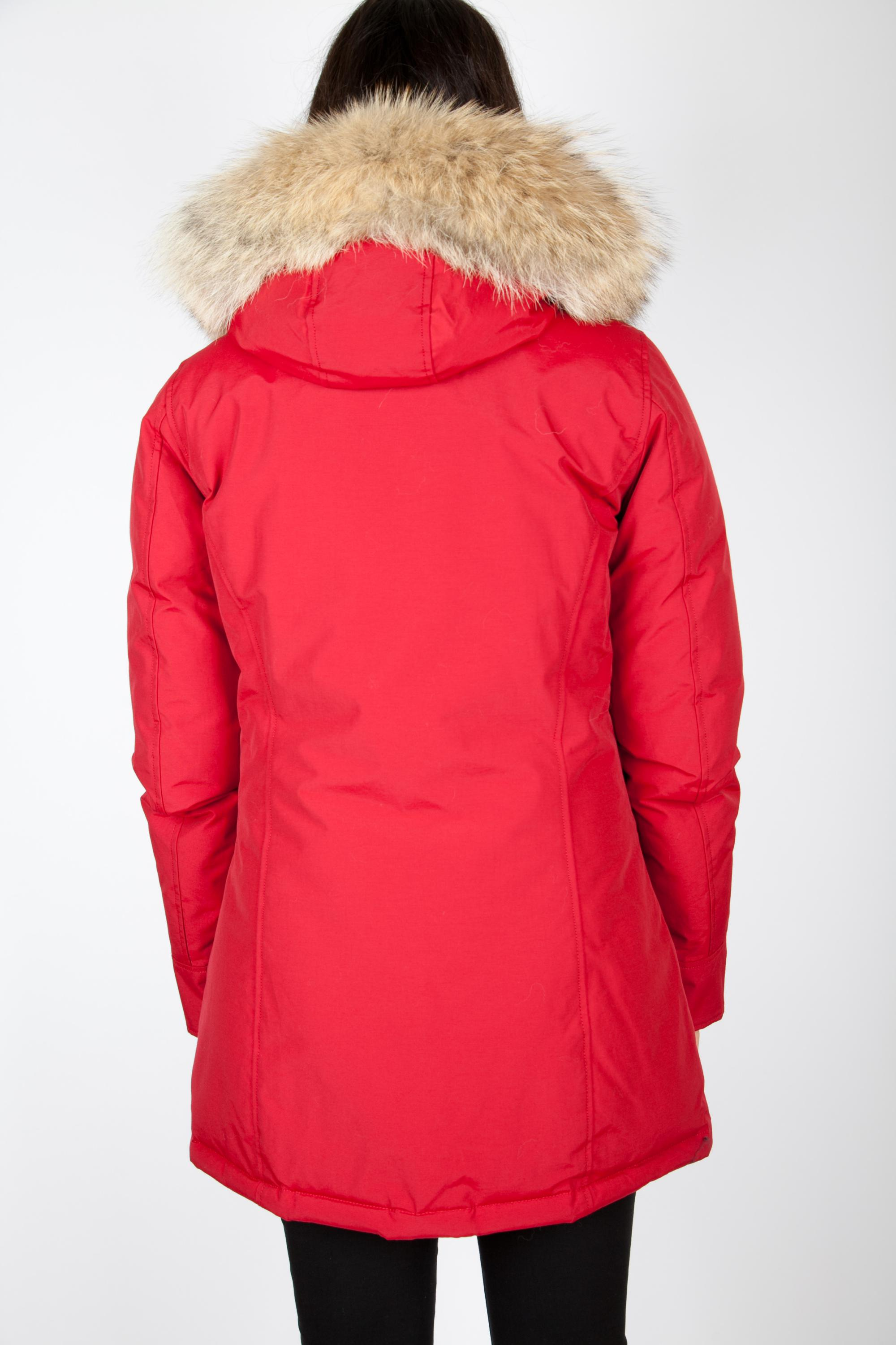 woolrich personals Woolrich has been a trusted name in men's clothing since 1 admiral byrd's historic antarctic exploration woolrich clothing holds up and can still be in great condition decades later.
